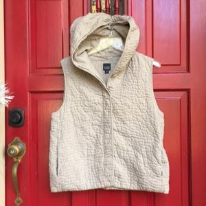 Eileen Fisher PL Quilted vest w/ hood